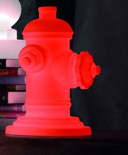 Беспроводной LED светильник Jellymoon Hydrant RGB на аккумуляторе JM 045 Jellymoon в интерьере